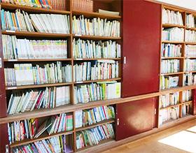 絵本いっぱい5000冊